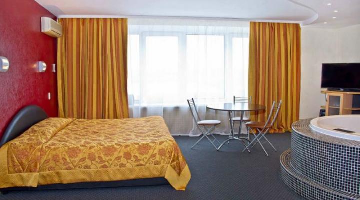 Люкс 2х комнатный 2х местный гостиница Звездная